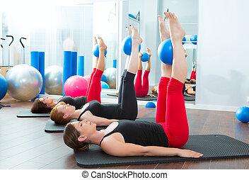 pilates, joga, aerobik, kugeln, frauen