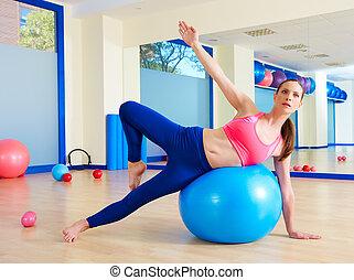 pilates, mujer, pasa, fitball, ejercicio, entrenamiento