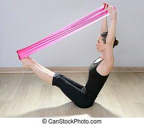 pilates, yoga, gimnasio, resistencia, goma, mujer, rojo