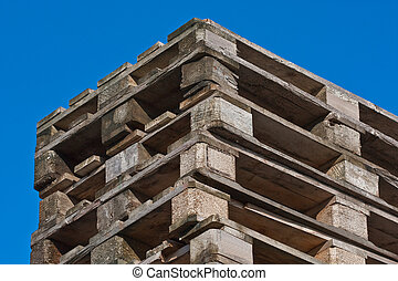 Pile of euro pallets (4)