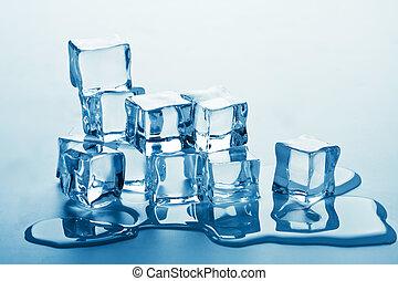pilha, de, derretendo, cubos gelo