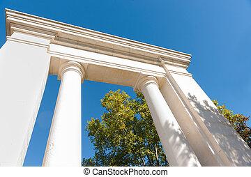 piliers, debout, entrée, gratuite