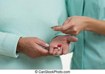 pillen, hand