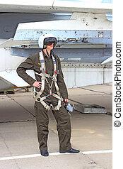 piloto militar, en, un, casco, cerca, el, avión