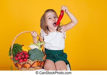 pimenta, sino, saudável, legumes, pequeno, alimento, segurando, menina, vermelho