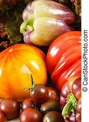 pimentas, tomates