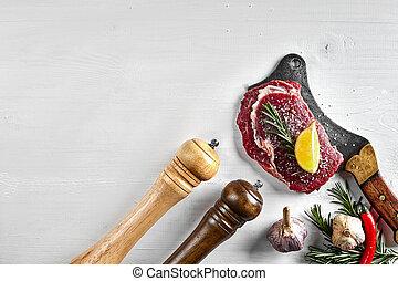 pimienta, romero, fondo., filetes, hierbas, aceite de oliva, sal, hacha, ajo, cocina, crudo, tapa blanca, fresco, vista.