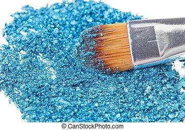 pincel de maquillaje, con, azul, aplastado, sombra ojo