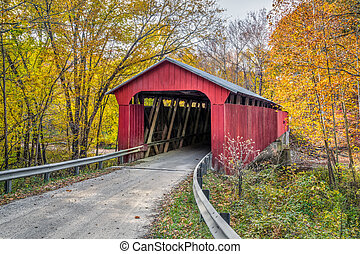 Pine Bluff Covered Bridge Autumn - Putnam County, Indiana's...