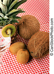 Pineapple, cocos, kiwi and mineral water - Pineapple, cocos...