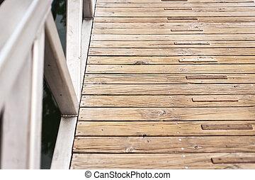 Pinewood walkwak