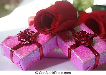 pink presents III