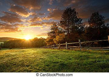 pintoresco, paisaje, cercado, rancho, en, salida del sol