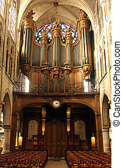 Pipe organ of the church of St. Séverin in Paris