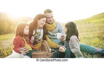 pique-nique, famille, nature., enfants, deux, jeune, automne, petit, avoir