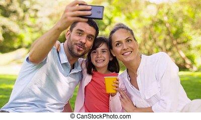 pique-nique, famille, selfie, parc, avoir, prendre