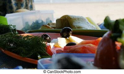 pique-nique, salade, -, préparation, 4k, rivière, plage