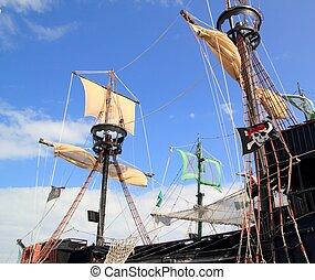 piratas, barcos, mástil, velero, postes, encima, cielo azul