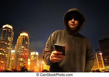 pirate informatique, ville, nuit