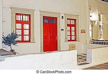 piros ajtó, és, windows, alatt, mykonos, greece.