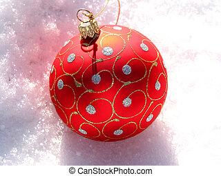 piros, christmas labda, képben látható, hó