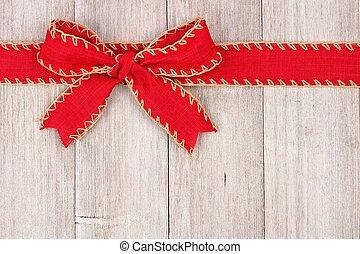 piros, karácsony, íj, és, szalag, tető, határ, képben látható, öreg, fehér, erdő