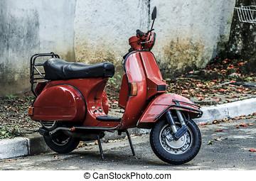 piros, roller