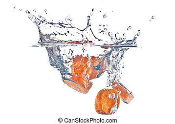 piros, sárgarépa, elvont, fröcskölő, alatt, a, világos, blue víz, -, elszigetelt, white, háttér