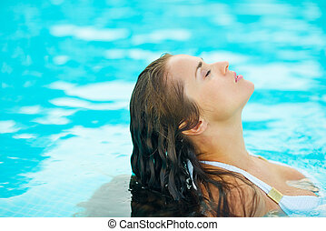 piscina, retrato, mulher, jovem, relaxante