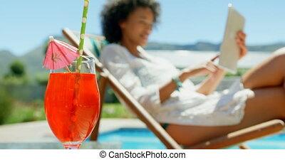 piscine, natation, table cocktail, 4k, gros plan, boisson