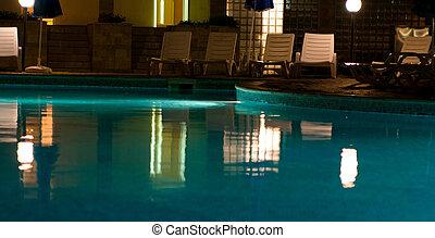 piscine, soir