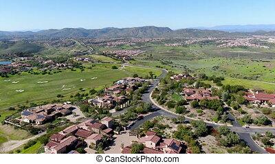 piscine, villa, suivant, grand, localisé, communauté, terrain de golf, luxe, privé