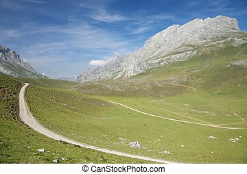pista, en, cantabrian, valle