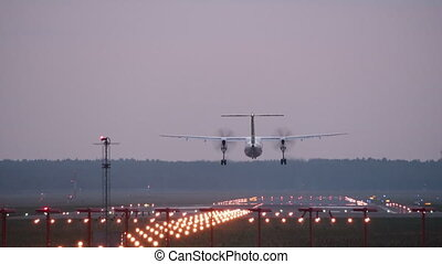piste, -, turbopropulseur, avion, atterrissage, hd