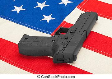 pistola, colocar, encima, bandera de los e.e.u.u, -, estudio, retoño