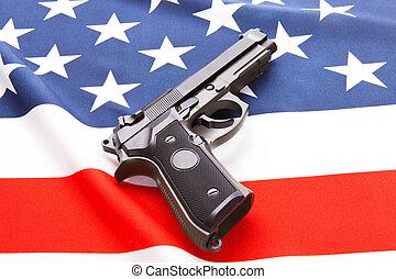 pistola, encima, raso, bandera de los e.e.u.u, -, estudio, retoño