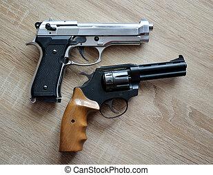 pistolets, deux
