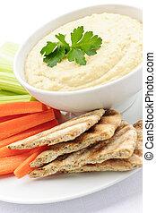 pita, hummus, groentes, brood