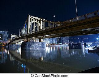 pittsburgh, brug, op de avond