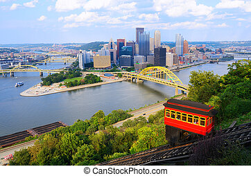 Pittsburgh Incline - Incline operating in front of the...