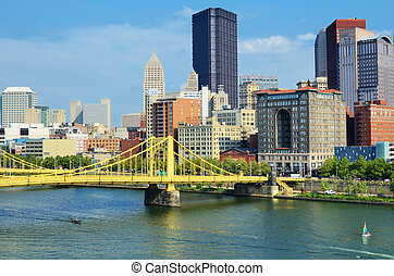Pittsburgh Skyline - Roberto Clemente Bridge and skyscrapers...