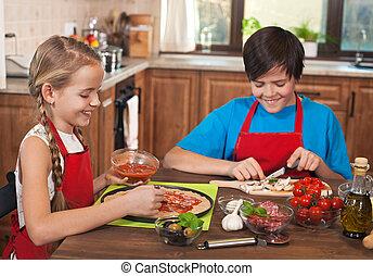 pizza, dzieciaki, przygotowując, razem, szczęśliwy