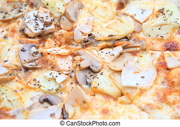 Pizza funghi with extra mushrooms