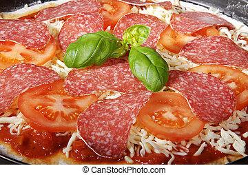 pizza salami raw