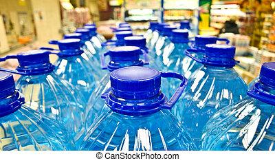 plástico, botellas del agua