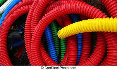 plástico, tubos