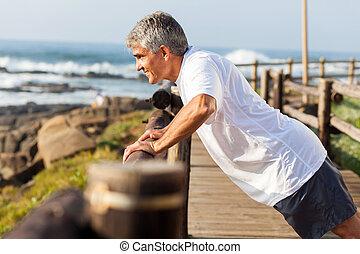 plaża, człowiek, senior, atak, wykonując