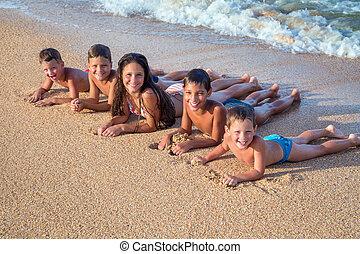 plaża, dzieciaki, piątka, szczęśliwy
