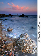 plaża, na, zachód słońca, barwny, ocean