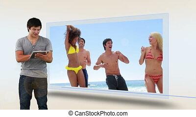 plaża, oglądając, urlop, człowiek, jego